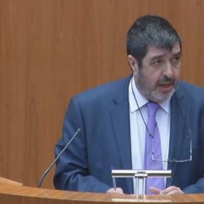 """Manuel Mitadiel: """"Hay que dotar a los hospitales de medios quirúrgicos que sean menos invasivos"""""""
