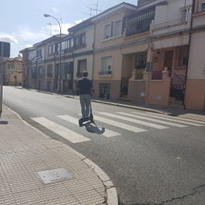 Ciudadanos propone la regulación de los VMP en la ordenanza municipal de movilidad de León