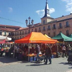 Cs León pide al equipo de gobierno que escuche a los vendedores de los mercadillos